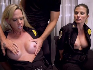 Aaliyah taylor en madre con curvas oficial de policía jodido + más