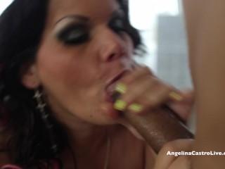 Dai seni grandi Angelina Castro, disperata per il cazzo spagnolo!