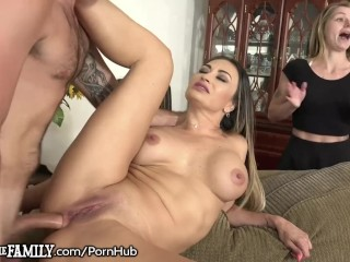 Cougar Caught Butt-fucking Son-in-law! She Is Starving 4 Dick!