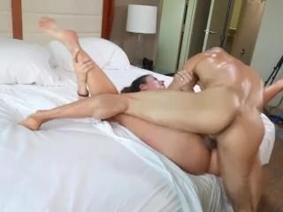 Hotwife dans interracial cocu Gangbang