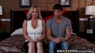 Brazzers - Serious Mother Stories - Échange de la scène de la mère avec Tasha Reign, Tyler Faith, Charles D