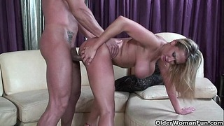 Blonde Mother Alanah Rae Puts Her Mouth + Vagina To Best Use