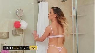 Milfs Genießen Sie es groß - (cherie Deville, Ricky Johnson) - Versehentlicher Ehebruch - Brazzers