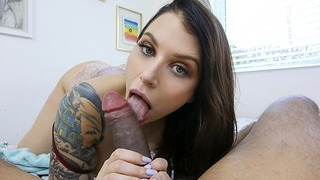 Pervmom - Sexy Plantureuse Milf Draine ses boules de beau-fils